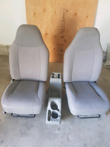 Ford Explorer Sport Trac Seats