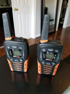 Mint Used Cobra ACXT645 Walkie Talkies