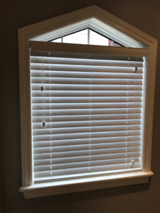 "2 Maxxmar Window Blinds, white, 2"", work perfectly, mint!"