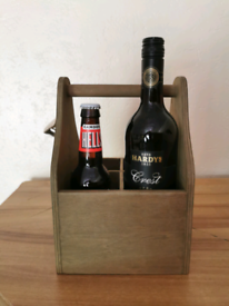 Beer and wine bottle carrier