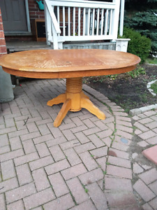Wood Table with pedestal leg