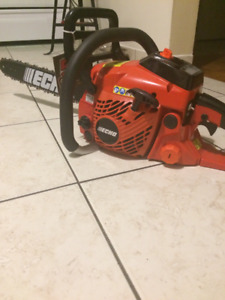brand new never used chainsaw echo CS -400 18 bar