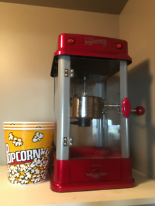 Home Theatre Popcorn- maker and bowls