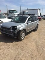 Parting out 2006 Nissan xtrail awd