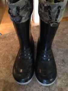 All season, Weather Spirits fully lined boots; youth size 2 Kitchener / Waterloo Kitchener Area image 2