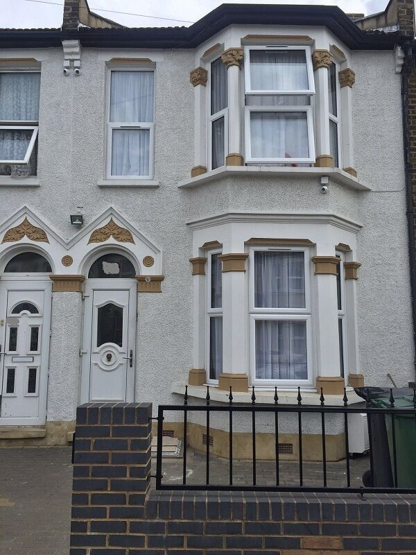 Brand New 5 BEDROOM HOUSE IN LEYTON £2600.00