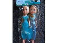 Two Frozen dollys Elsa and Anna