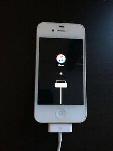 Mint White iPhone 4s 8gb Peterborough Peterborough Area image 6