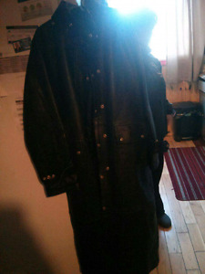 *worn once*genuine leather trench coat