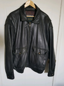 Used Danier Leather Jacket Black - sz Large mens