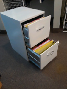 Two-drawer file cabinet with keys