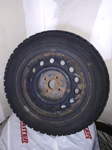 Set of 4 - P185/60R15 Winter Tires on Rims