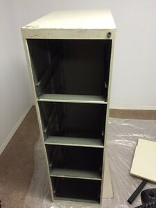 Filing Cabinet (with draws) - FREE - pick up only