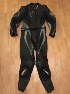 Ladies Motorcycle Leathers 2-Piece Suit