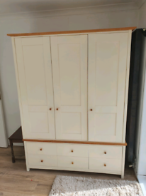 Large tripple wardrobe