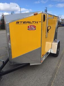 Stealth Enclosed Trailer 9.99/10!!