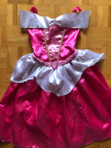 Costume d'Halloween Princesse Aurore taille 4/6 ans