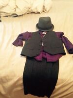 Boys suit and hat size 4