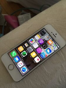 Iphone 5s 16gb Gold with Rogers