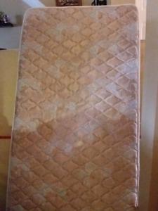 Single mattress fast pick up