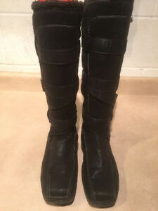Women's Tall Leather Winter Boots Size 6.5 London Ontario image 2