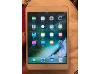 iPad mini 2. White 32g. WiFi and sim
