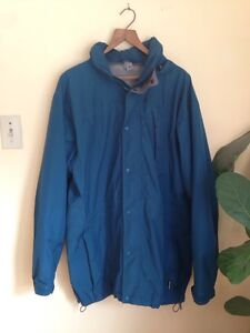 Rarely worn men's blue gortex jacket from MEC