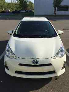 2014 Toyota Prius(Hybrid) with winter tires, rearview camera