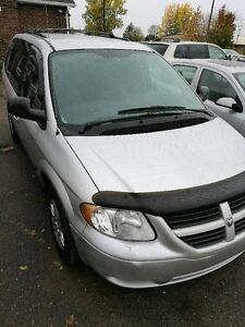 2006 Dodge Grand Caravan STOW N GO Minivan, Van