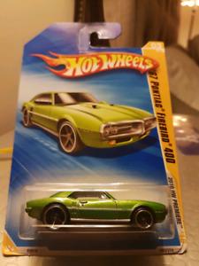 Hot wheels 67 Pontiac Firebird 400 green