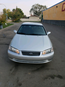 Toyota Camry LE 2001