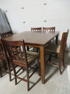 ~~~Brand New solid wood Pub table, Butterfly Leaf & 6 chairs