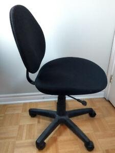 2 Chaises de bureau / Office chairs (2)