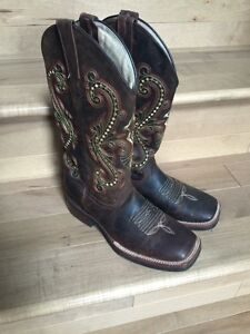 Worn Once Women's Size 7 Cowboy Boots