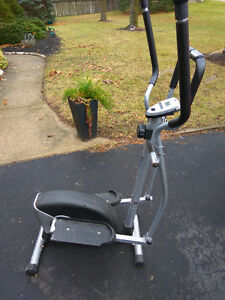 Elliptical exercise machine Cambridge Kitchener Area image 1