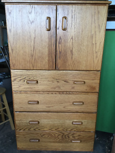 SOLID OAK 4 DRAWER HUTCH