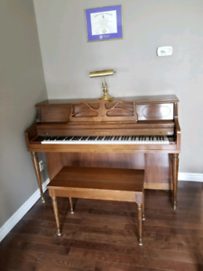 Le Sage Apartment  Size Piano with Bench