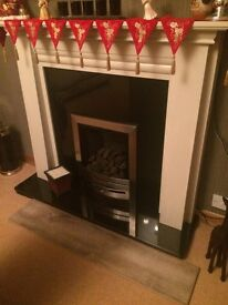 Gas Fire fully functional or could be used for decorative piece