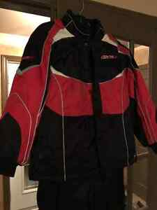 GKS Snowboard/ Ski jacket and pants West Island Greater Montréal image 3