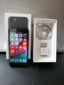 IPhone 7 32GB with new battery