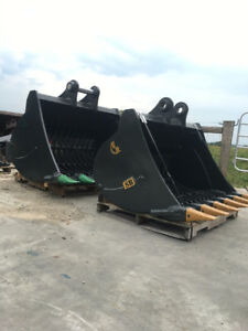 Excavator/Buckets/Attachments--FREE SHIPPING Canada-wide!
