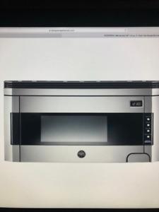 Micro-onde Bertazzoni NEUF dans la boite modèle KO30PROX
