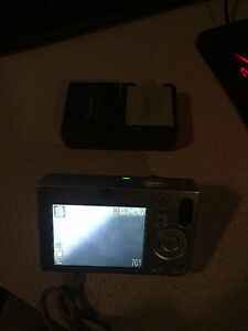 Canon PowersShot SD1000 Digital ELPH 7.1 MP