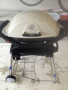 Weber 220 Propane BBQ with Weber Stand