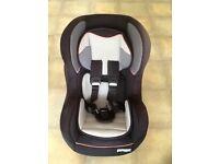 Pampero Comfisafe child's car seat. £25