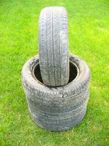 Set of 4 Used Kuhmo P185/60 R14 All Season Tires