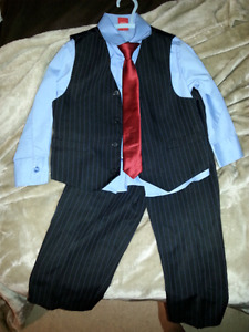 Boys dress clothes. Size 4