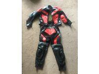 J&G kids motorcycle/biker suit age 12, never used !