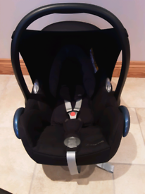 Maxi-Cosi Car Seat Cabriofix with EasyFix Base