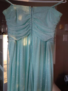 Women's Le Chateau evening gown- prom dress, size 13 Gatineau Ottawa / Gatineau Area image 2
